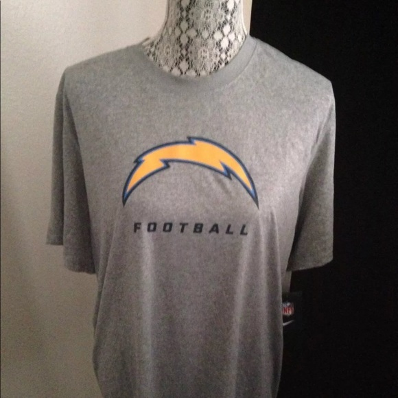96374b35 La chargers Nike dri fit shirt large